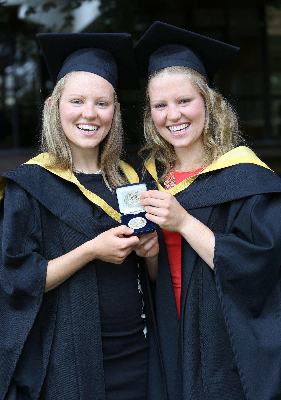 Graduating Twins UL1